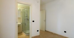Comparto 35 Traversa Via San Cesario appartamento ottimo stato
