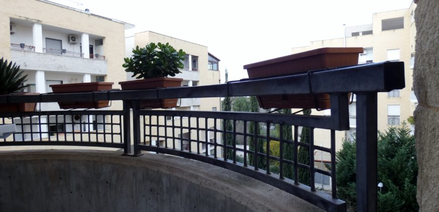 Residence Agave bilocale ottimo stato con garage