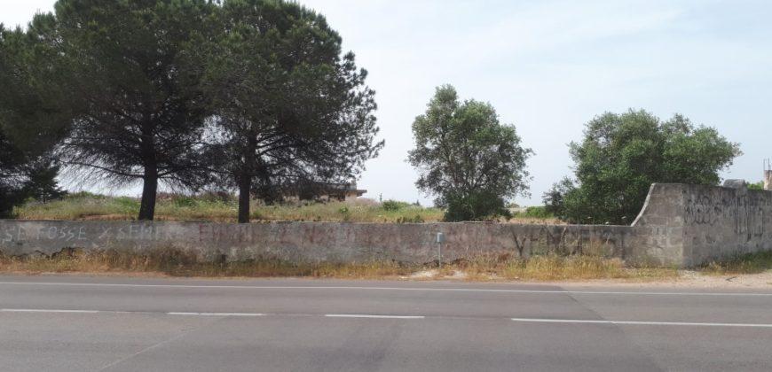 Lecce Via Merine terreno per struttura sportiva/commerciale