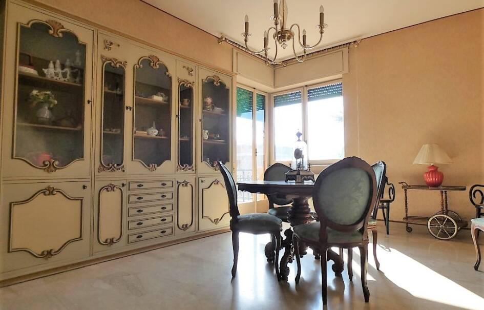 Via Gramsci zona residenziale appartamento ampia metratura