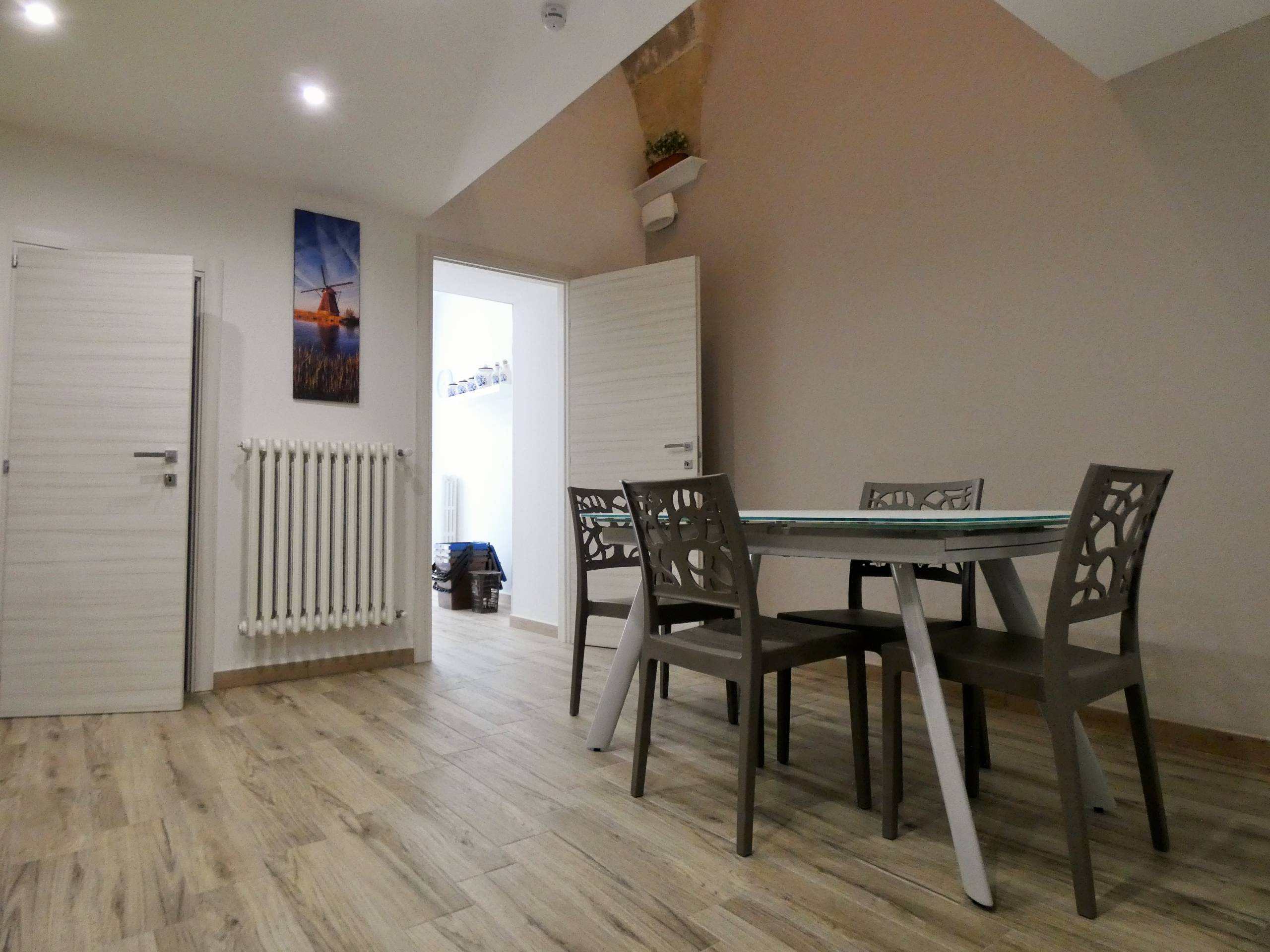 Zona centrale appartamento volte a stella ristrutturato e arredato Ottimo investimento